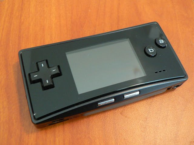Game_boy_micro_all_black.JPG