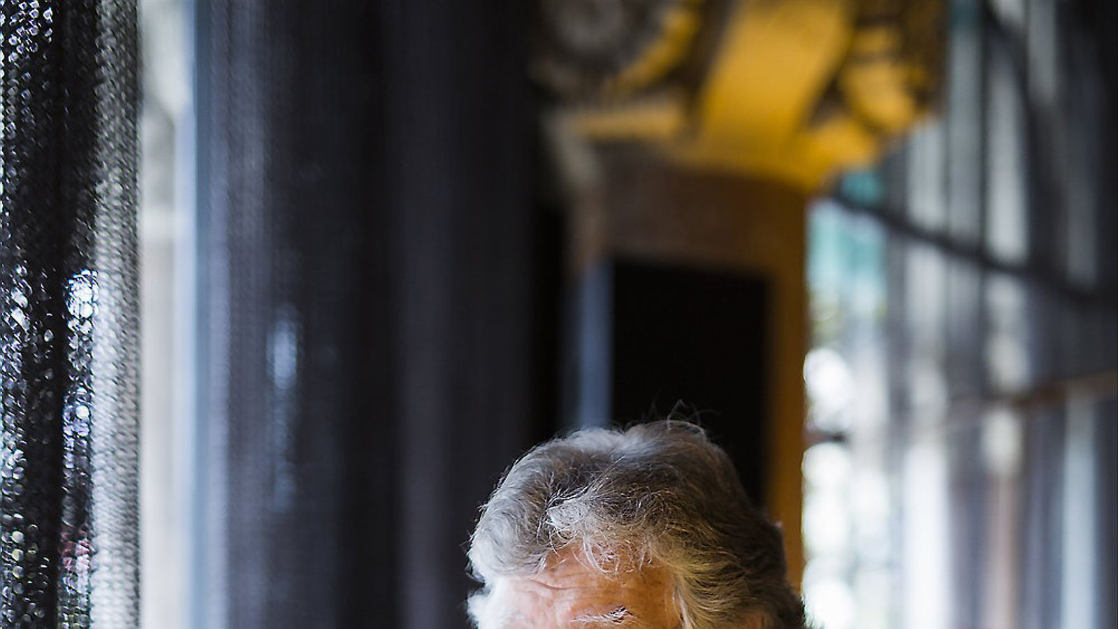 Joaquín Estefanía ha estat a Barcelona per presentar el seu últim llibre: Abuelo, ¿cómo habéis consentido esto? / FRANCESC MELCION