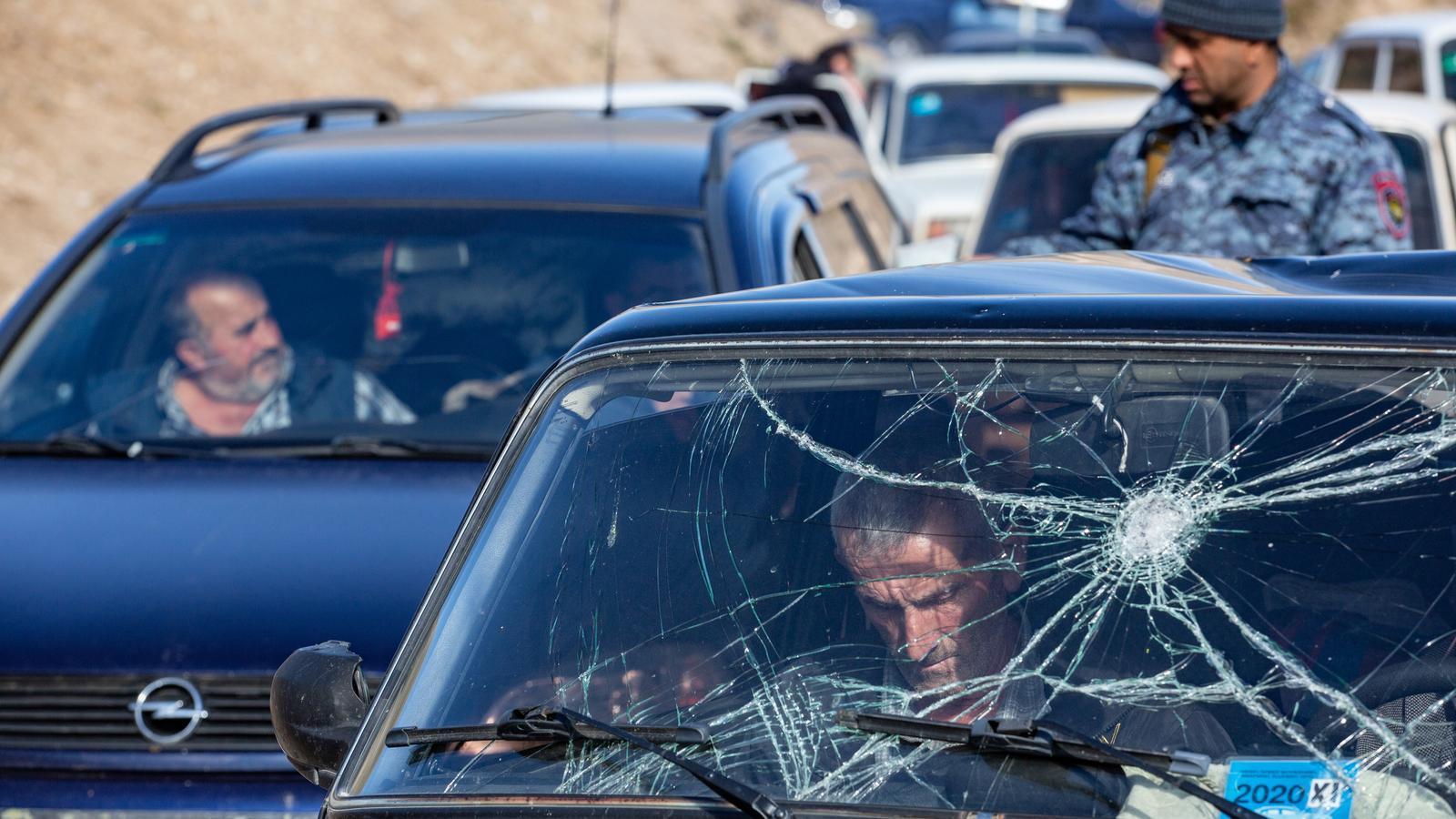 Stepanakert evacua la població civil abans del desastre