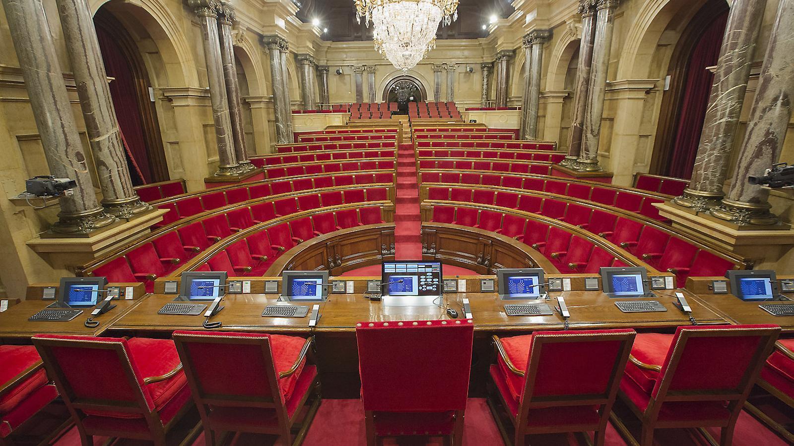 L'organització del 14-F ressuscita el debat sobre la llei electoral
