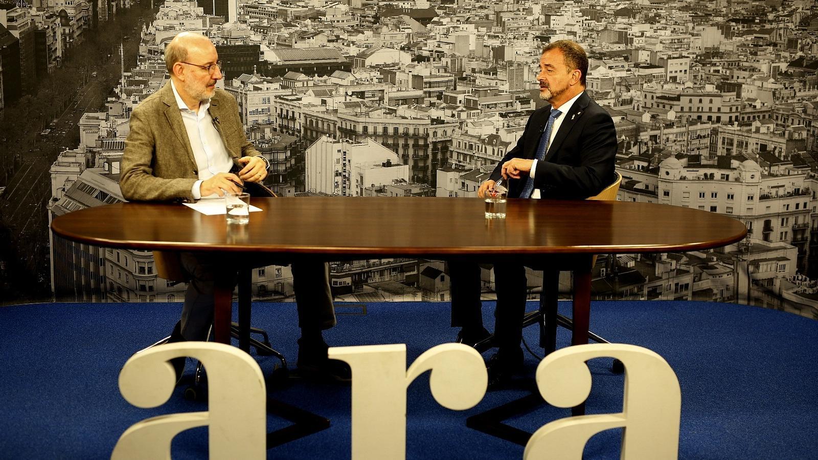 Antoni Bassas entrevista el conseller d'Exteriors, Alfred Bosch