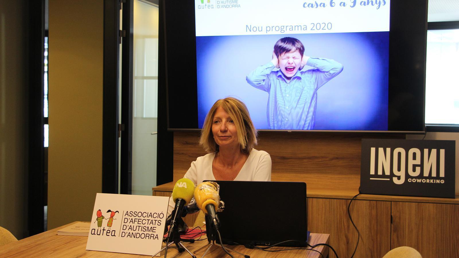 La presidenta d'Autea, Inés Martí, durant la presentació del nou programa. / A. S. (ANA)