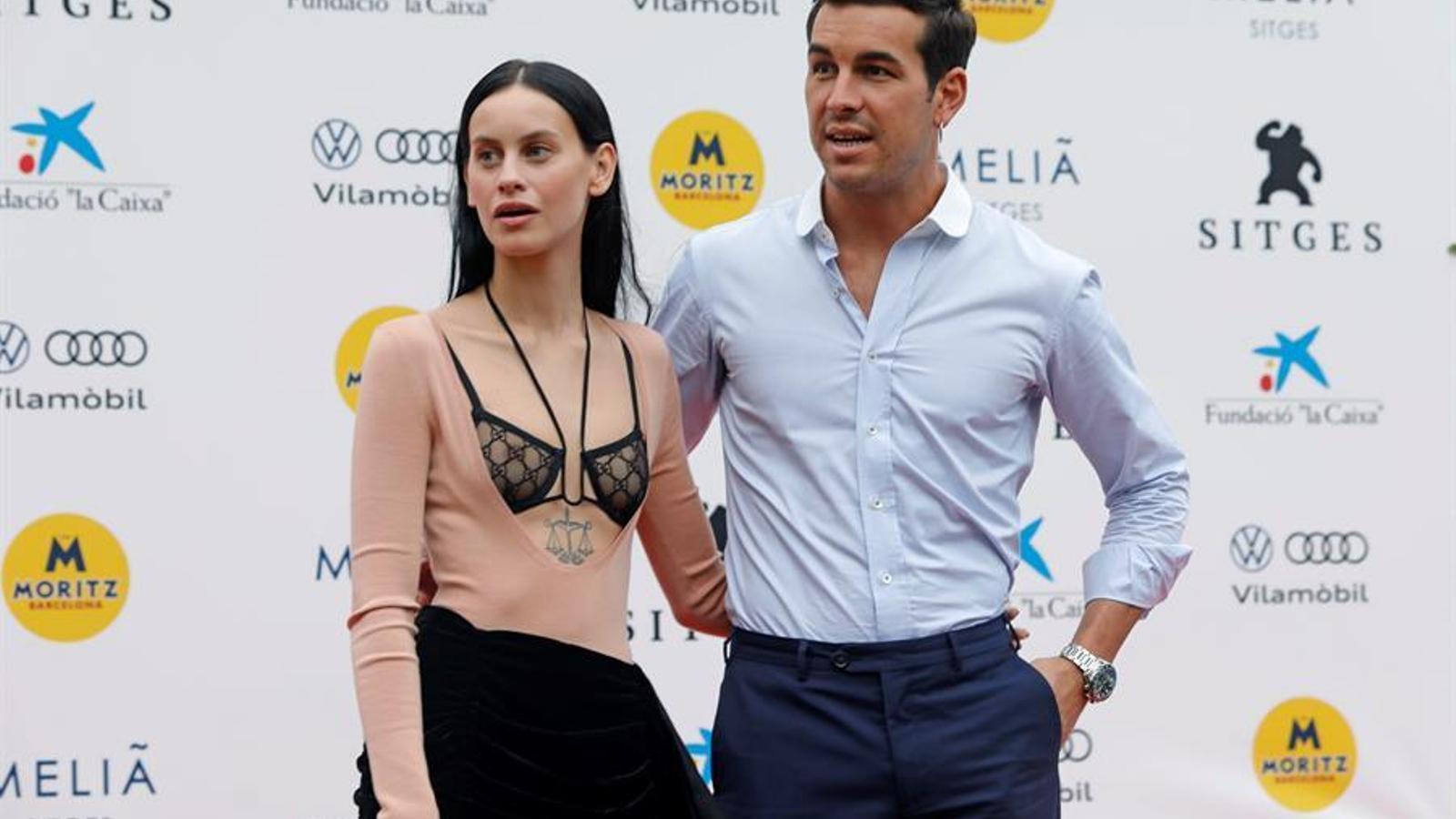 Milena Smit i Mario Casas