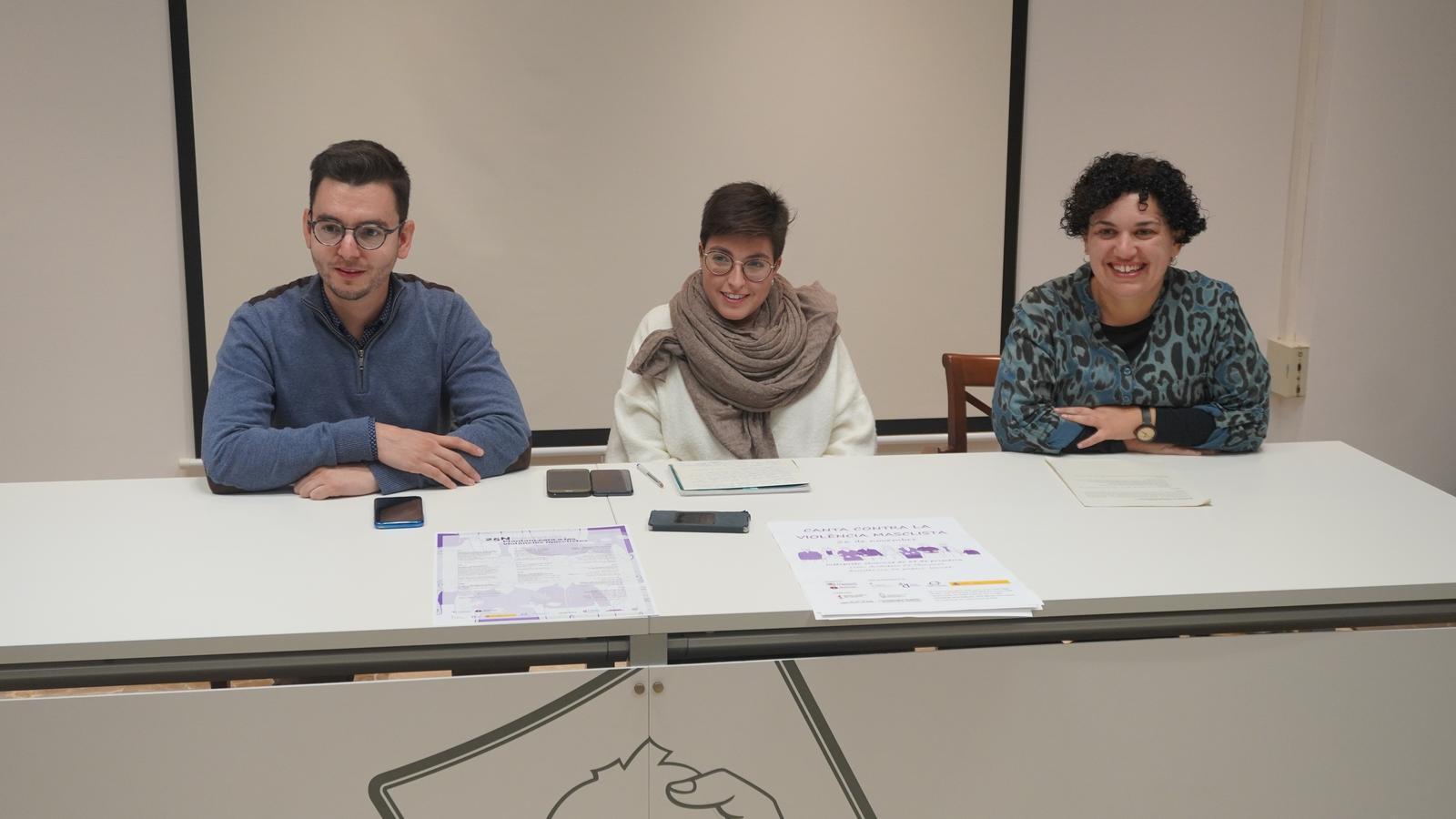 Josep Devesa, Carme Gomila i Maria Antònia Genovard, durant la presentació del concert.
