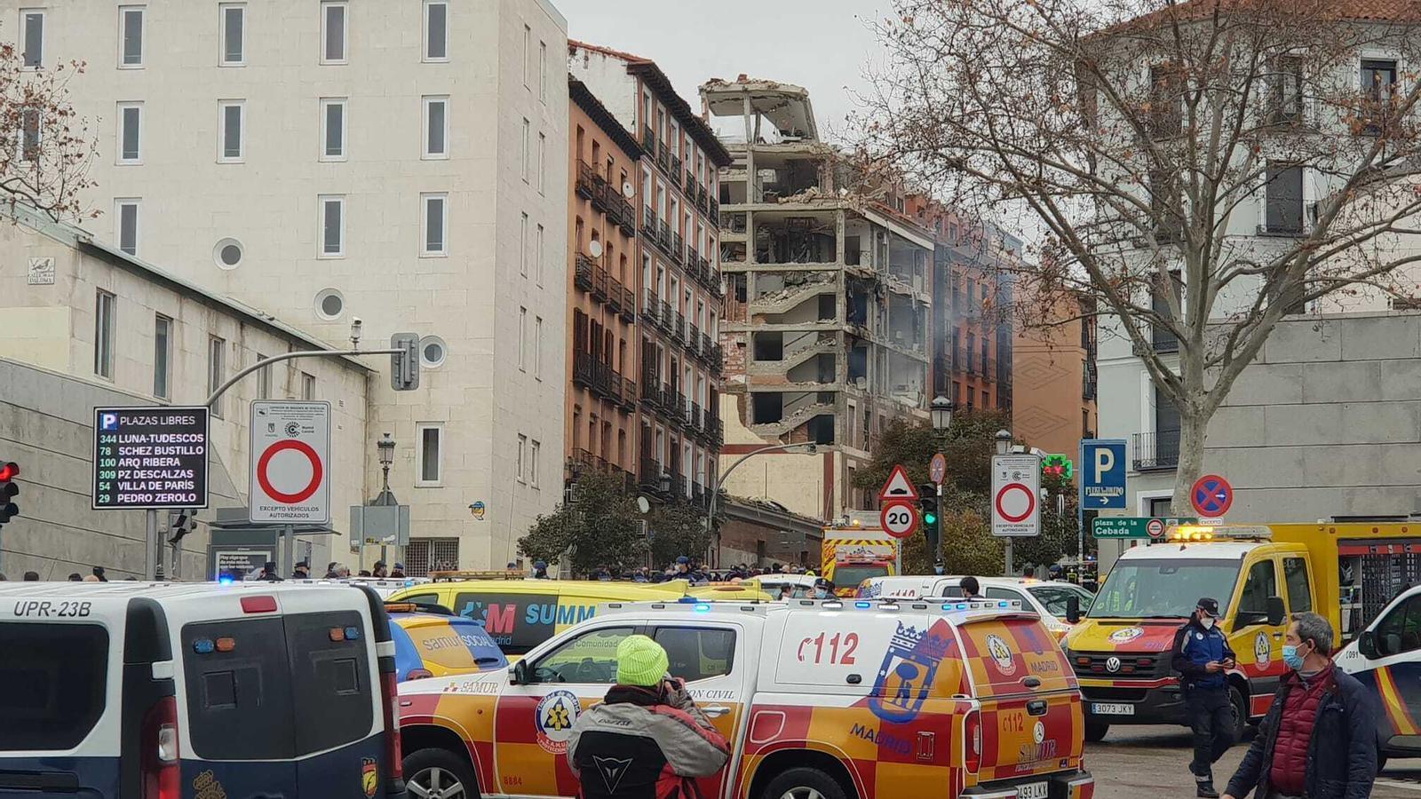 Els serveis d'emergència a la zona de l'explosió