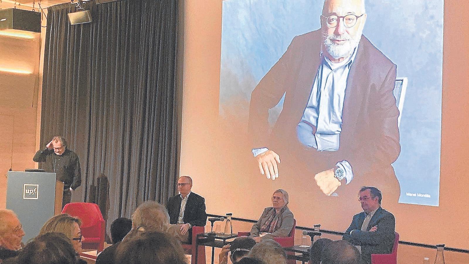 Imatge de l'homenatge al professor i periodista