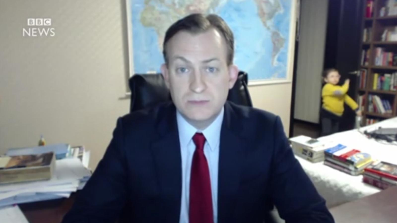 Interrupció sobtada en una entrevista en directe de la BBC