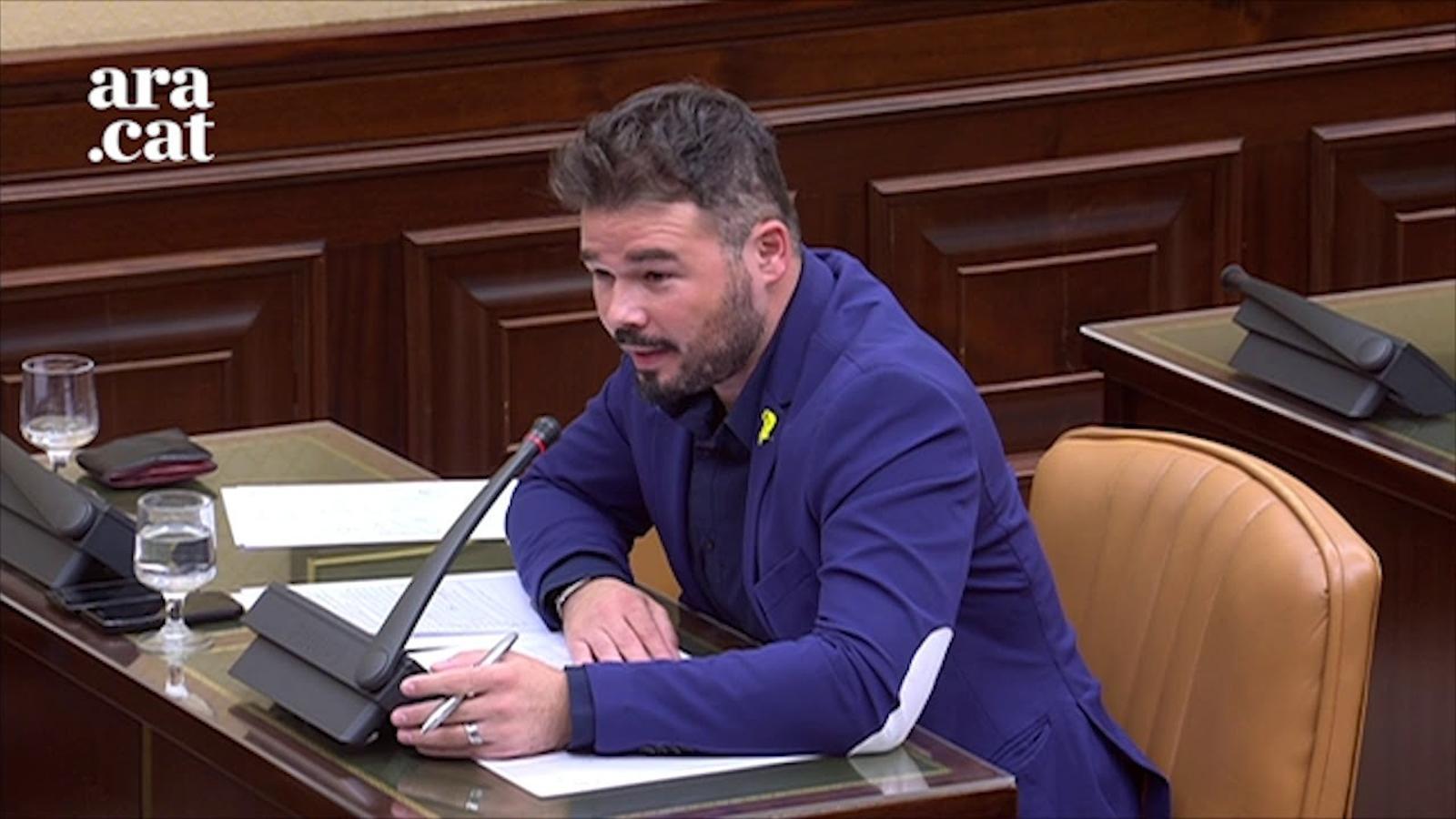 """Insults entre la diputada Escudero i el diputat Rufián: """"Palmera i tu imbècil"""""""