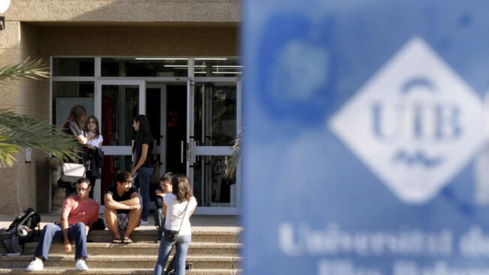 Alumnes de la UIB