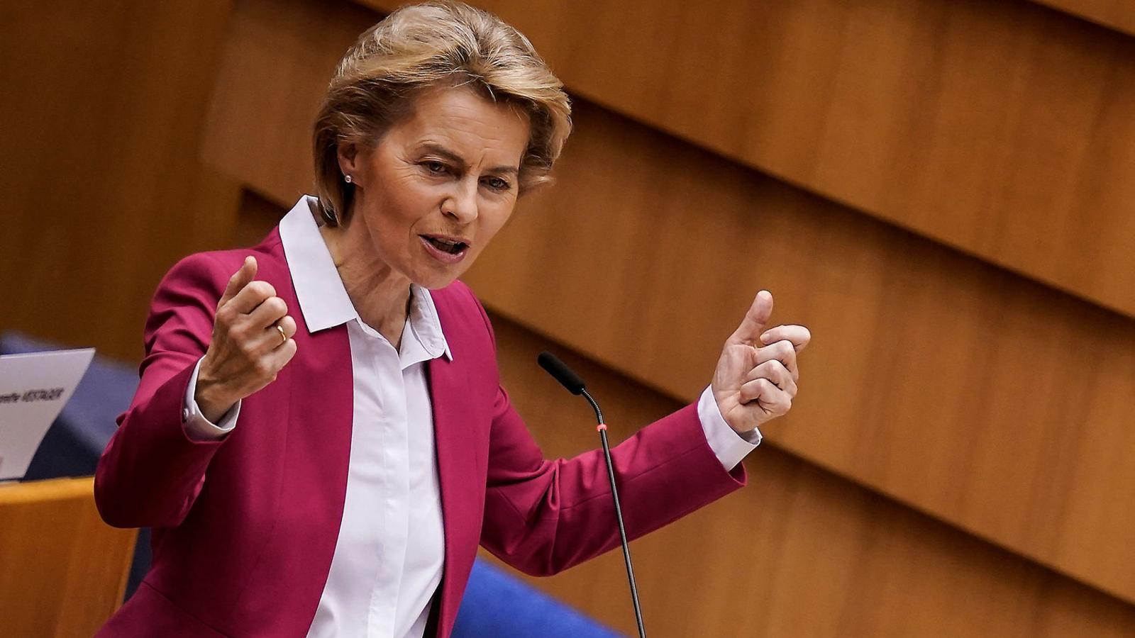 La presidenta de la Comissió Europea, Ursula von der Leyen, ahir al Parlament Europeu.