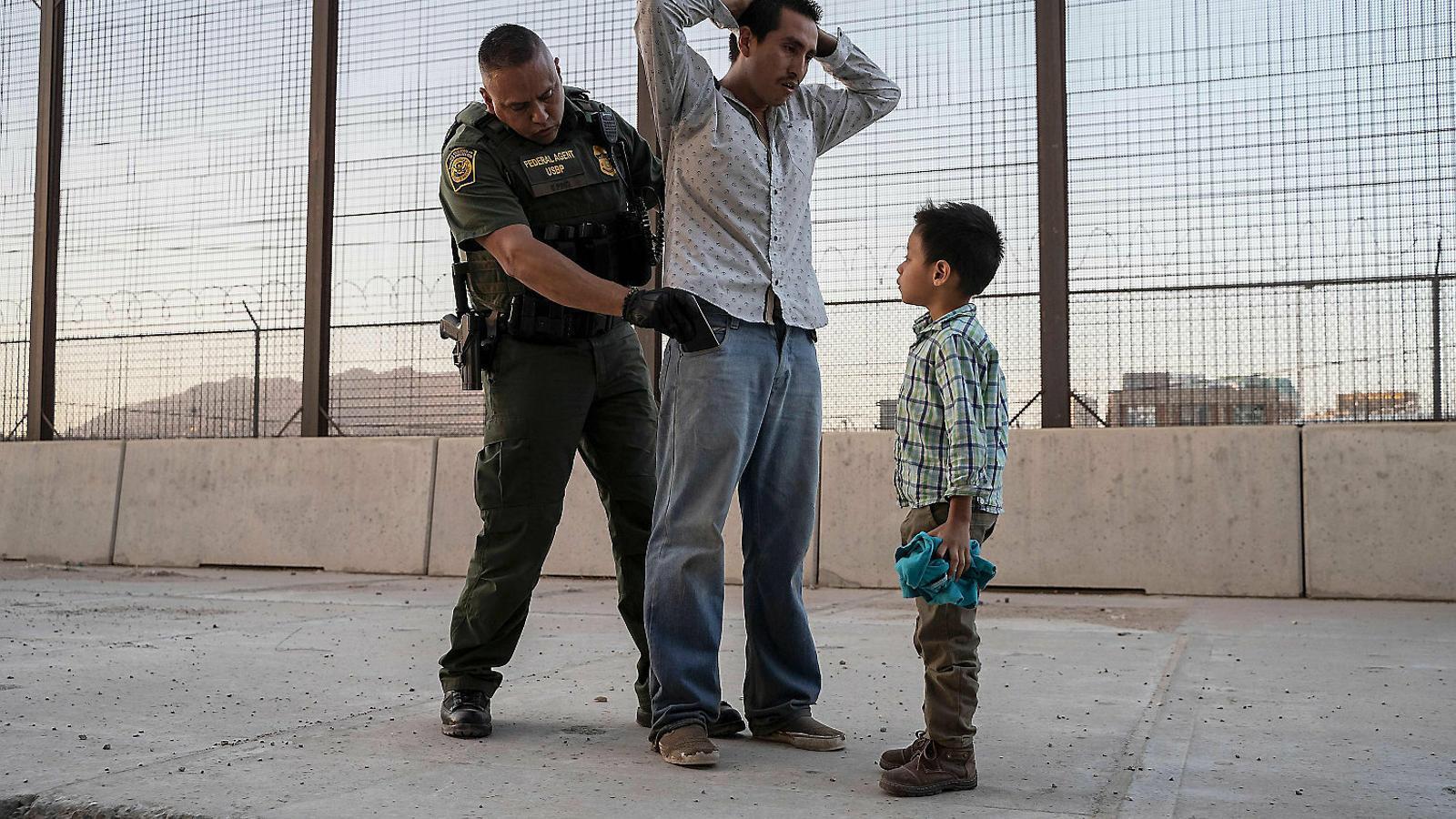 Trump anul·la 'de facto' el dret d'asil