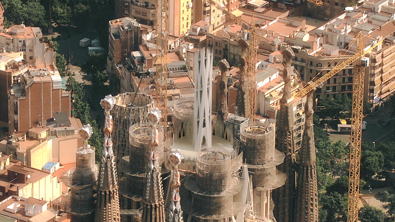 La Sagrada Família tindrà un ascensor minimalista i transparent a la torre més alta
