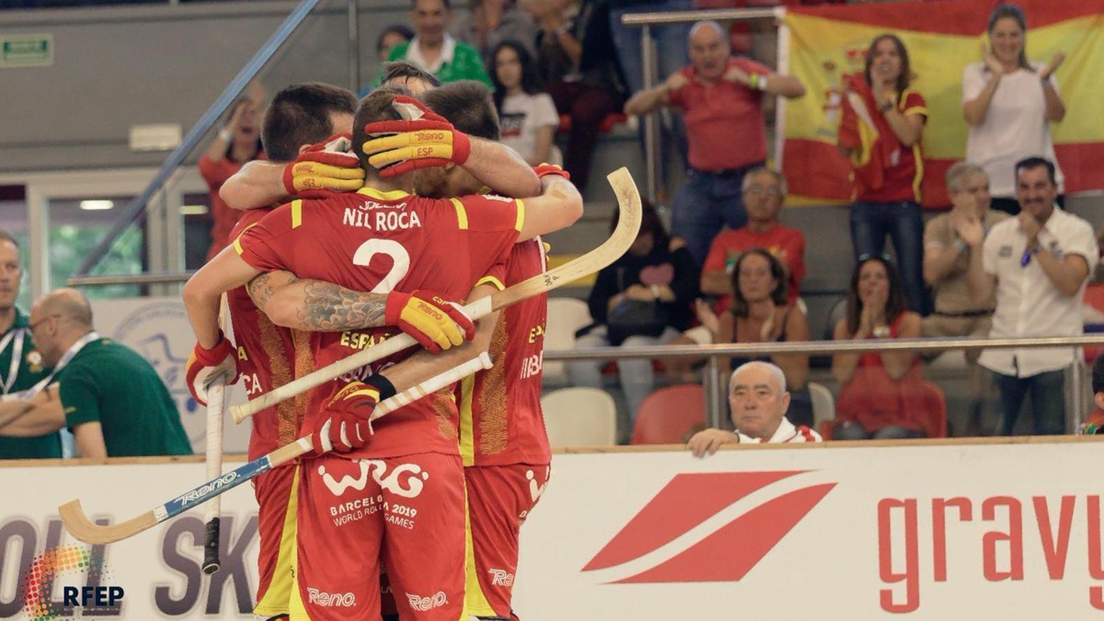 Els jugadors de la selecció espanyola celebren un gol a la final de l'Europeu
