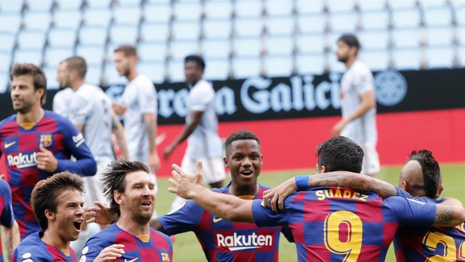 L'alegria dels jugadors del Barça després del primer gol a Vigo