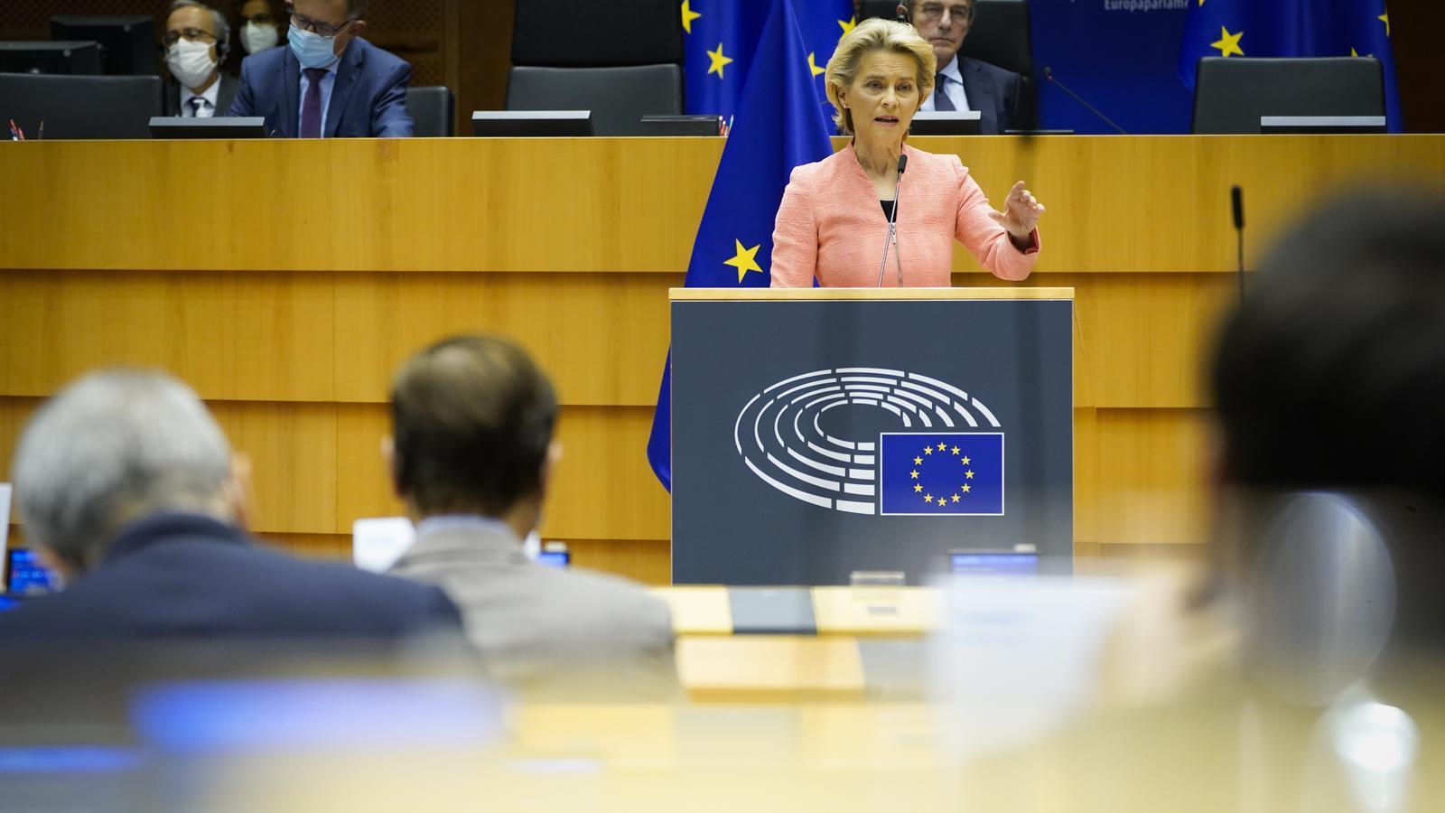 Brussel·les signarà dimarts la compra anticipada de 405 milions de dosis de la vacuna de CureVac
