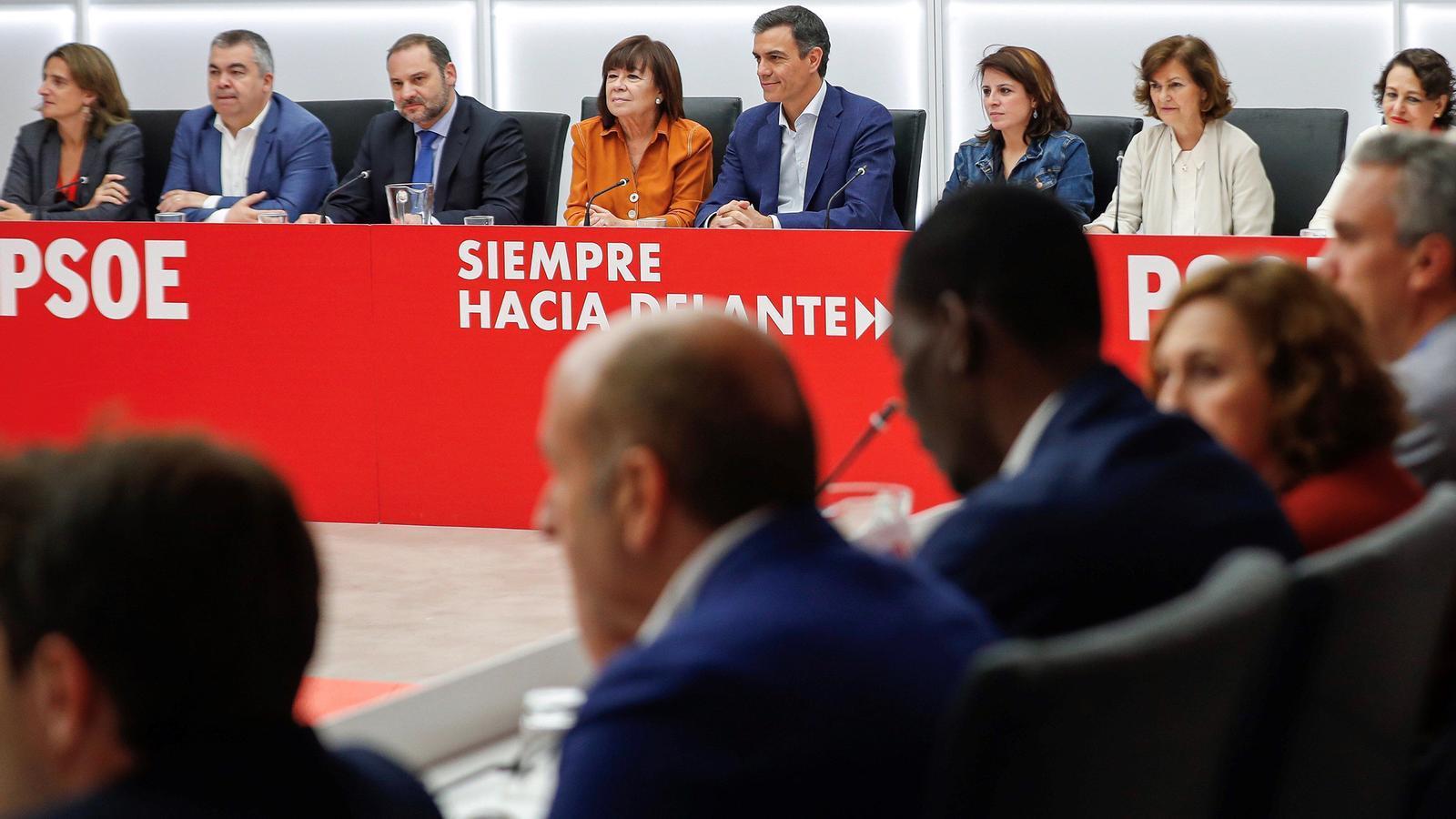 Espanya allarga la inestabilitat