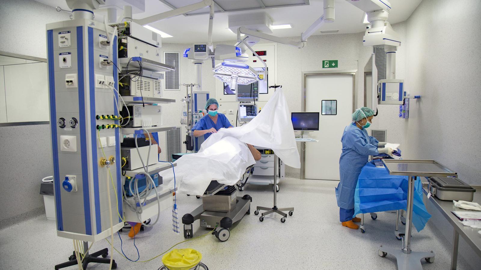 Imatge d'arxiu del bloc quirúrgic de cirurgia major ambulatòria de l'Hospital Universitari de Bellvitge.