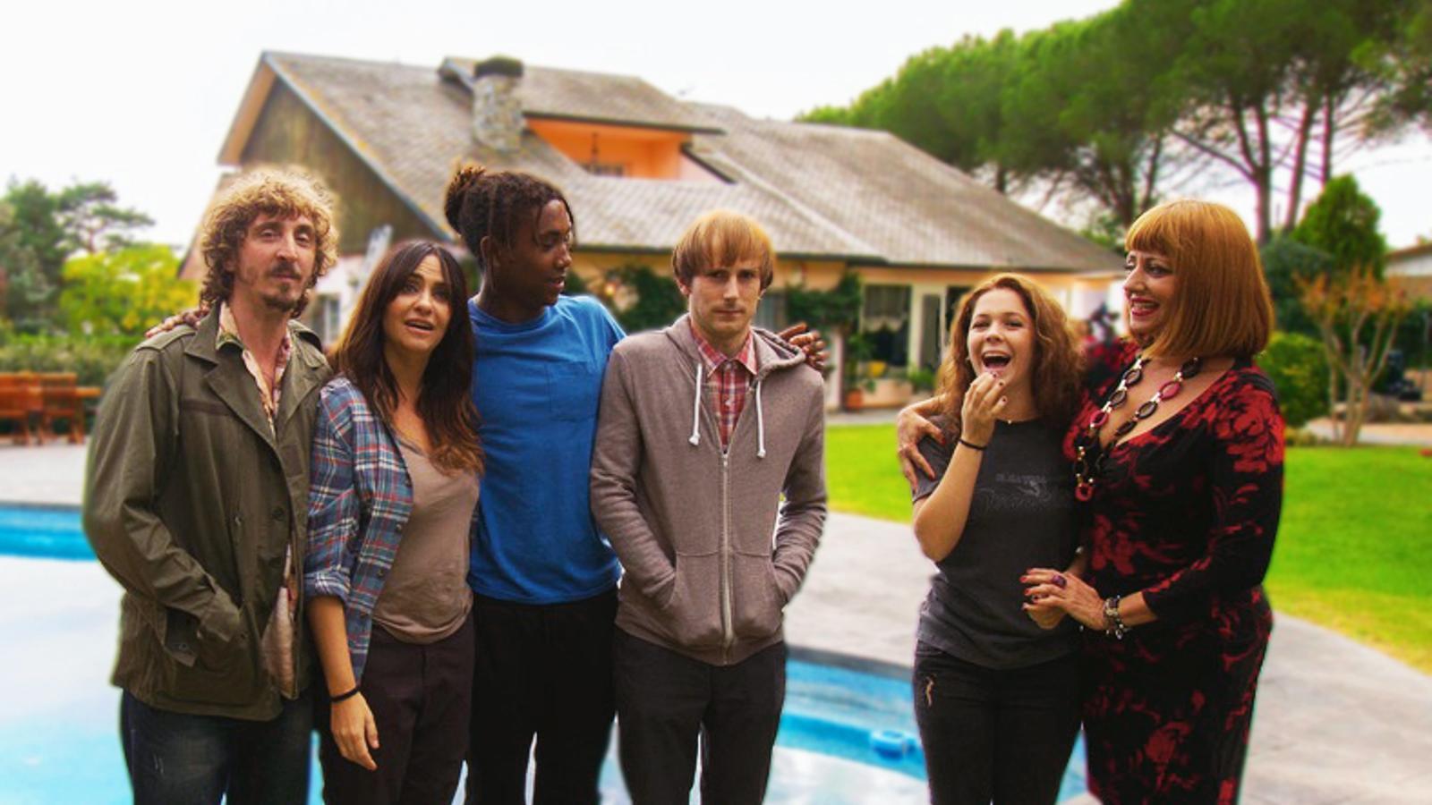 TV3 prepara la comèdia negra 'Benvinguts a la família'