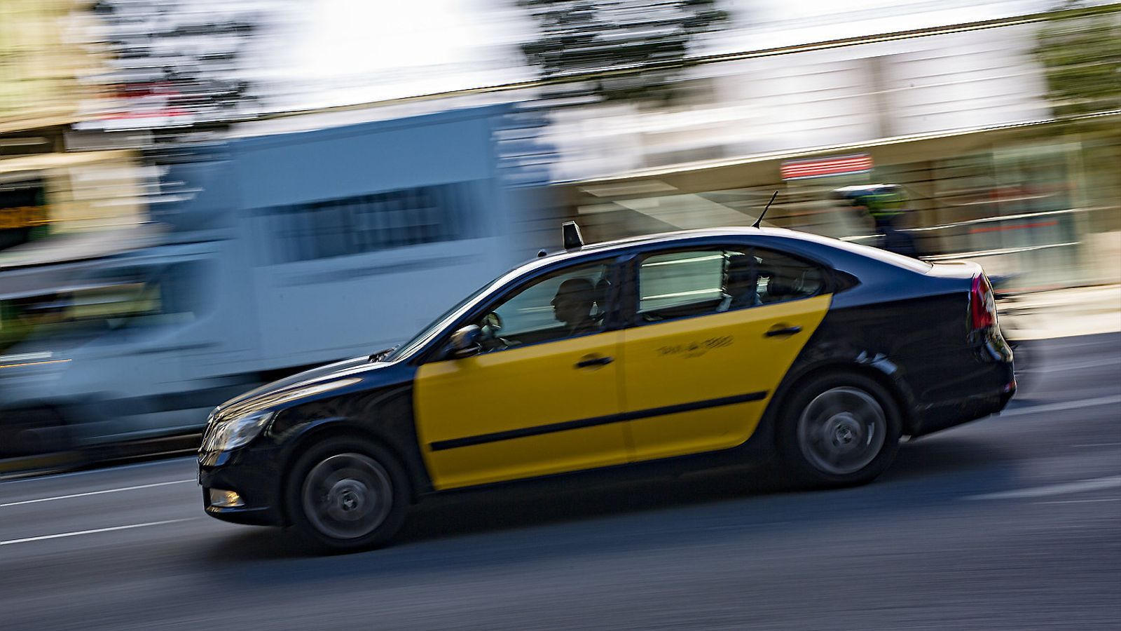 La facturació dels taxis creix tot i la irrupció de les VTC