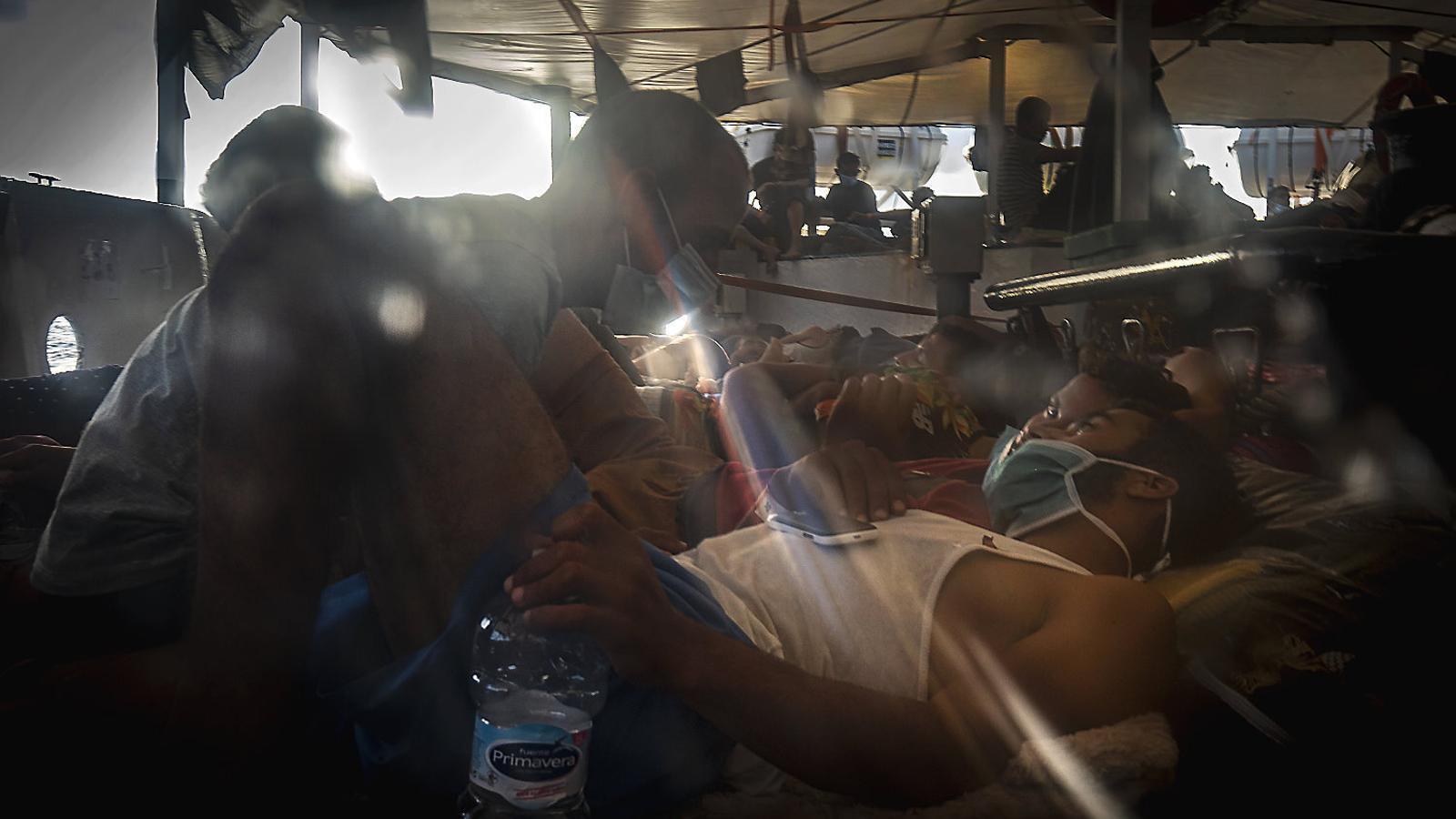 Rescat en temps de pandèmia: ofegar-se en un mar de clor