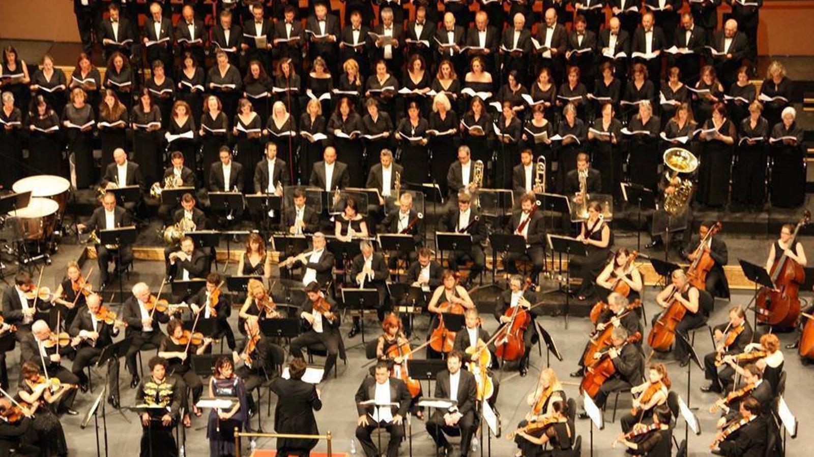 El novè concert de la temporada de la Simfònica es va convertir en un salt mortal i tirabuixó.