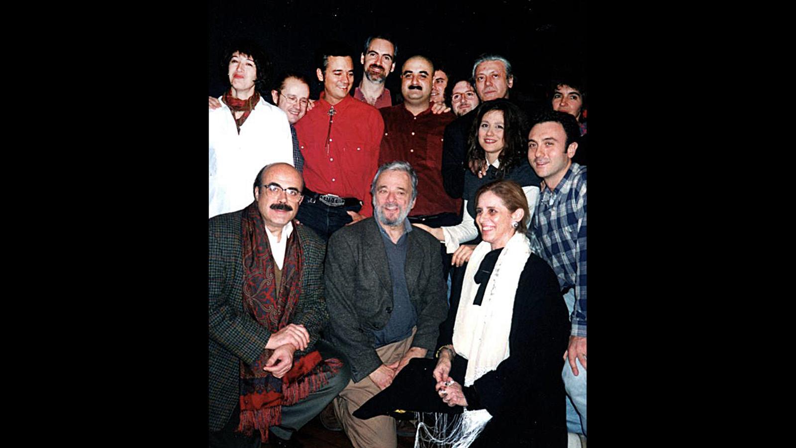 L'equip de 'Sweeney Todd' amb el compositor Stephen Sondheim