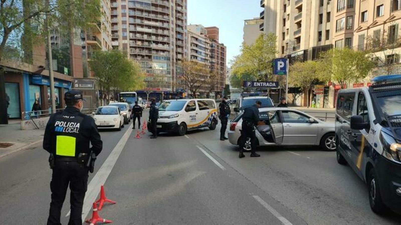 Control de trànsit a Palma. / DELEGACIÓ DEL GOVERN