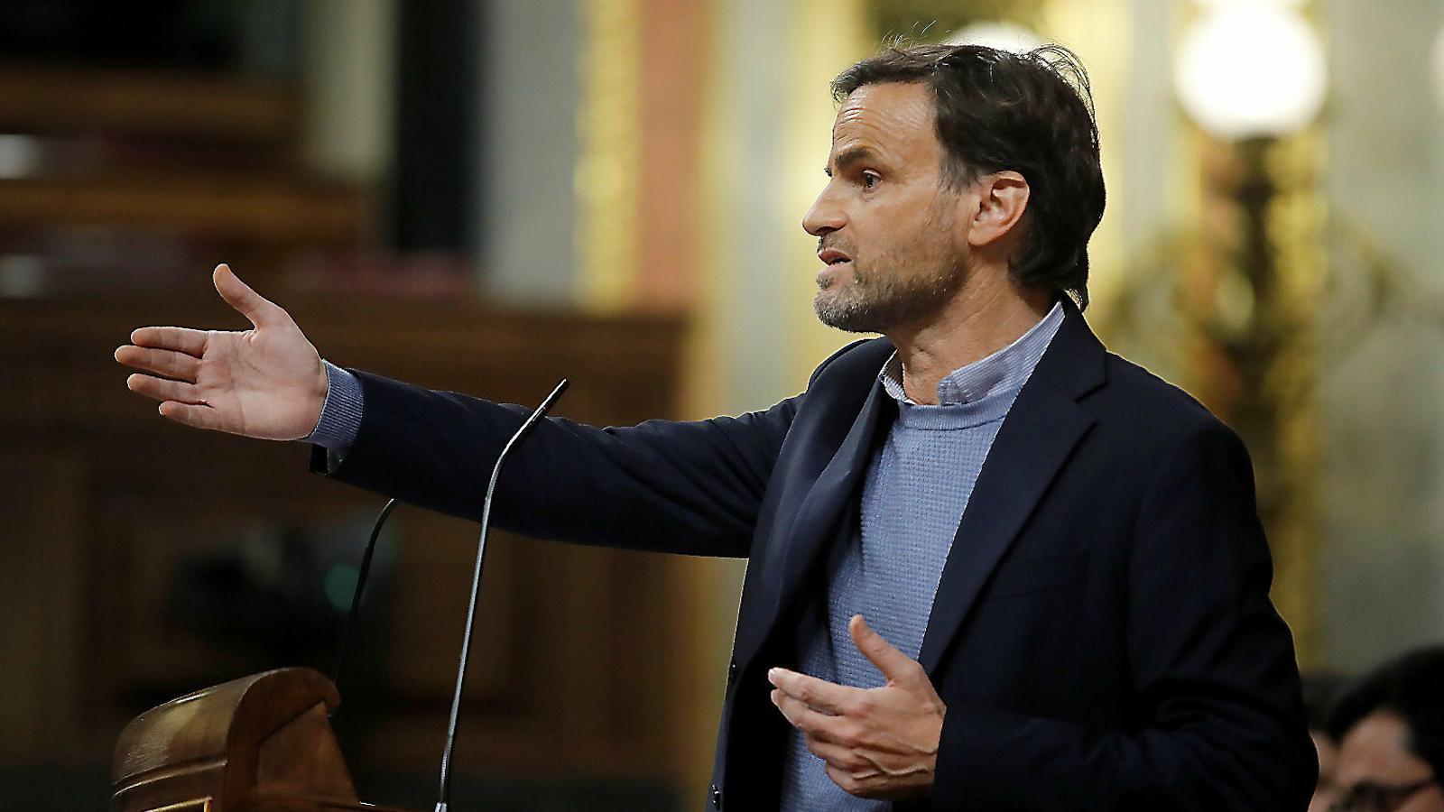 El portaveu dels comuns al Congrés, Jaume Asens, durant el primer debat d'investidura de Pedro Sánchez.