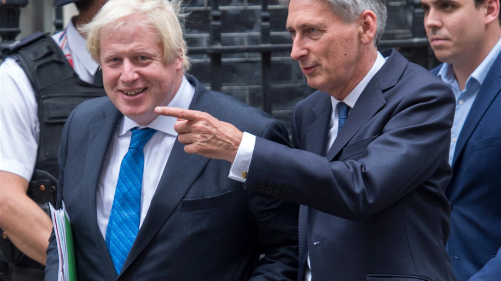 Boris Johnson i Philip Hammond, dos enemics dins del govern britànic per la seva visió del Brexit / REUTERS