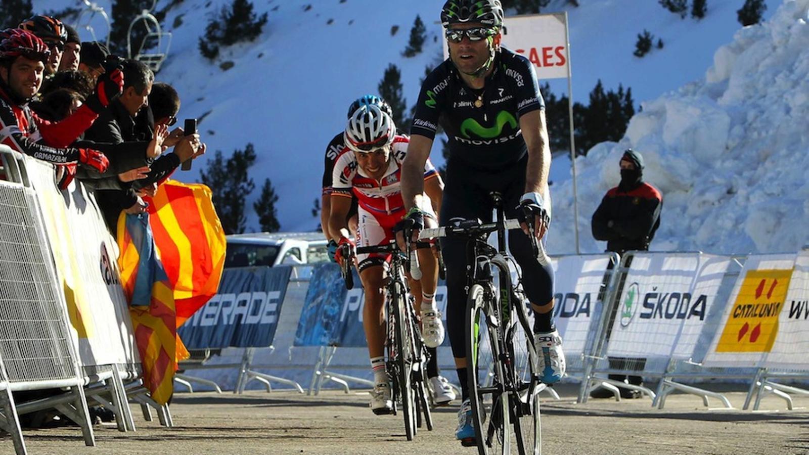 Alejandro Valverde creua la meta de la tercera etapa de la Volta / TONI ALBIR / EFE