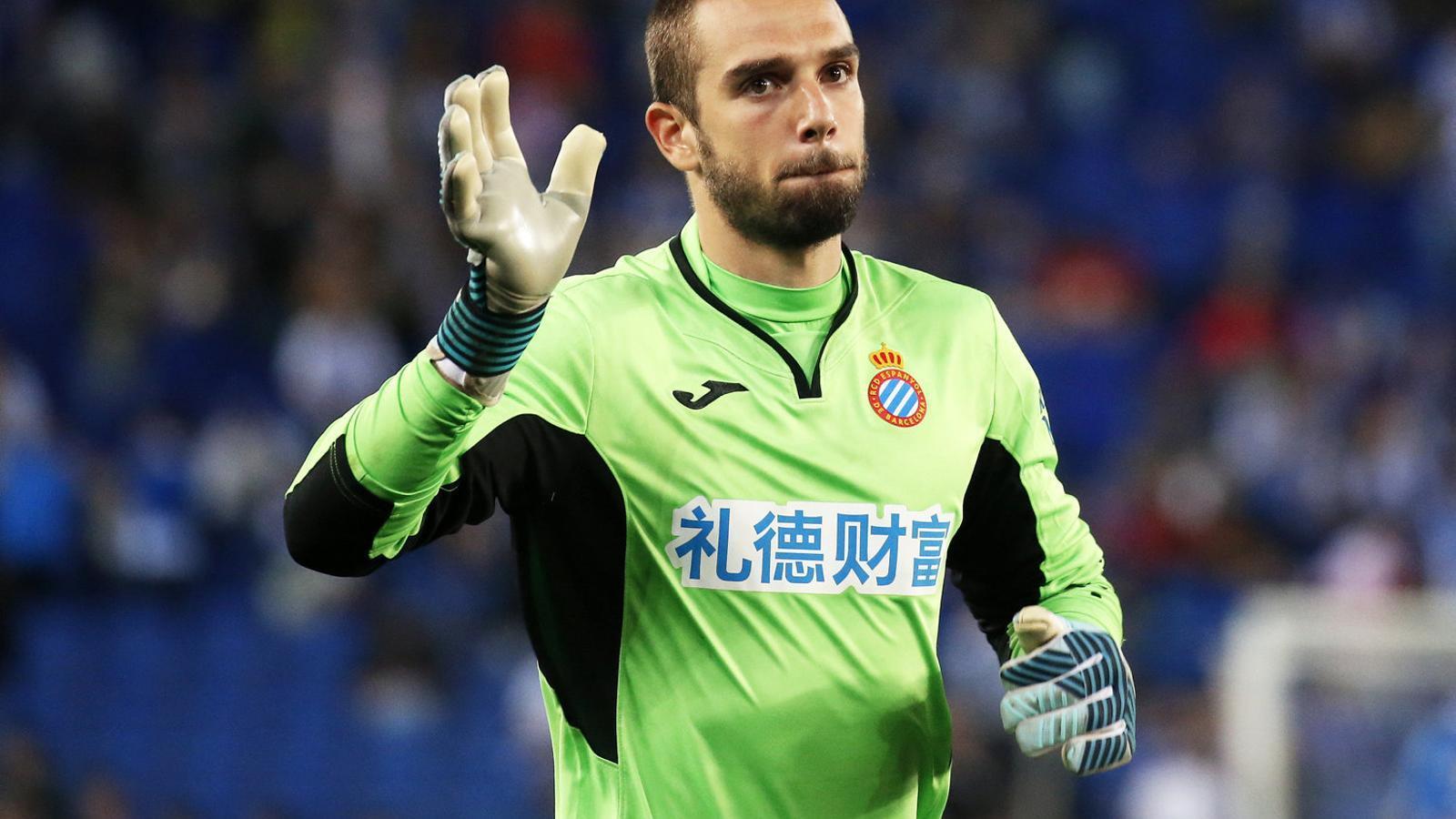 Pau López, porter de l'Espanyol, durant un partit contra el Celta al mes de setembre.
