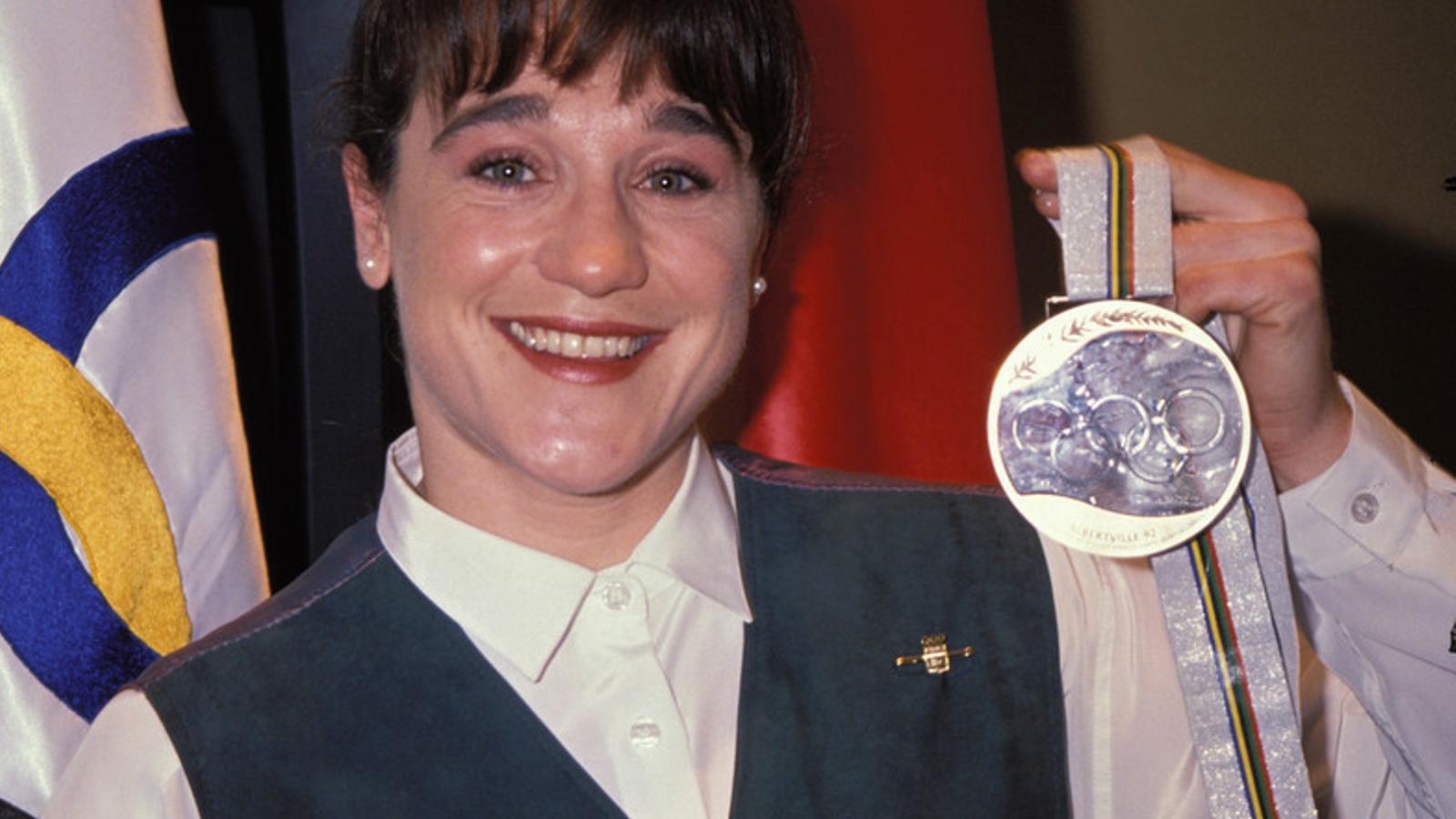 Blanca Fernández Ochoa, la primera esquiadora espanyola amb una medalla olímpica