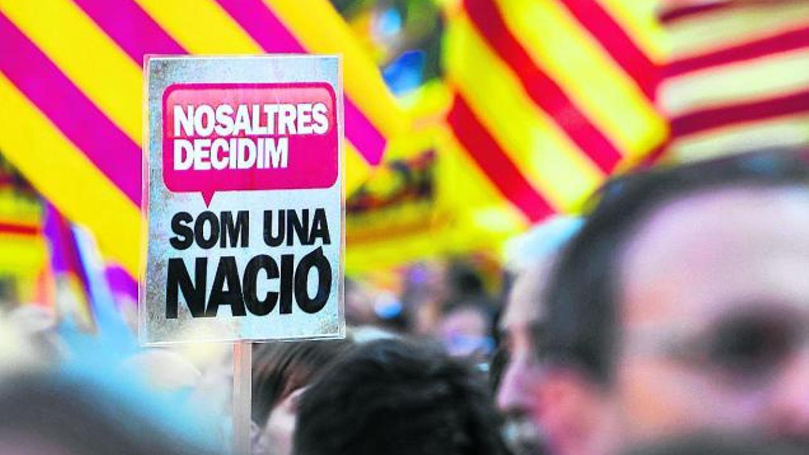 El 'dret a decidir' guanya terreny al 'dret d'autodeterminació'
