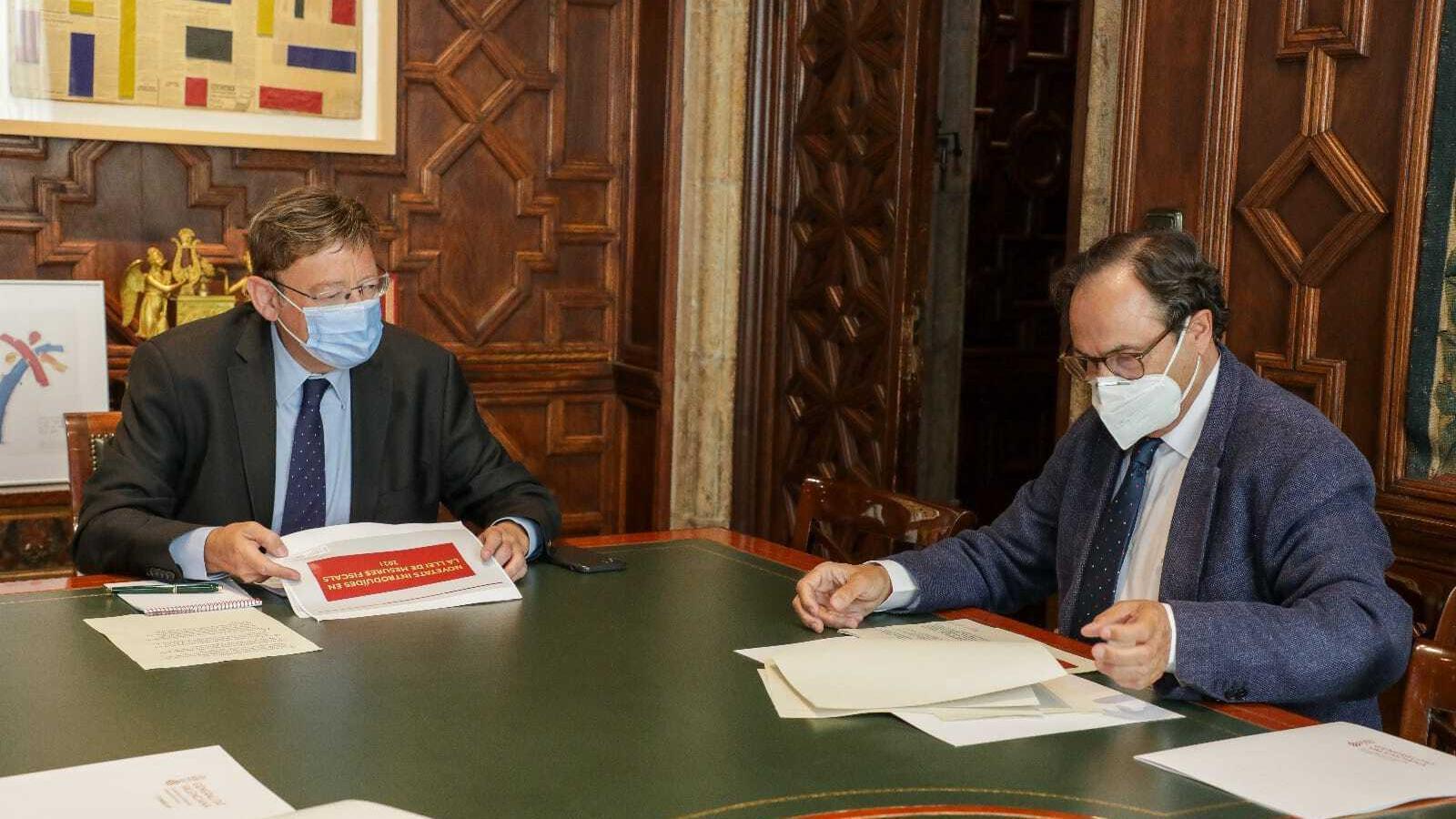 El president de la Generalitat Valenciana, Ximo Puig, i el conseller d'Hisenda, Vicent Soler