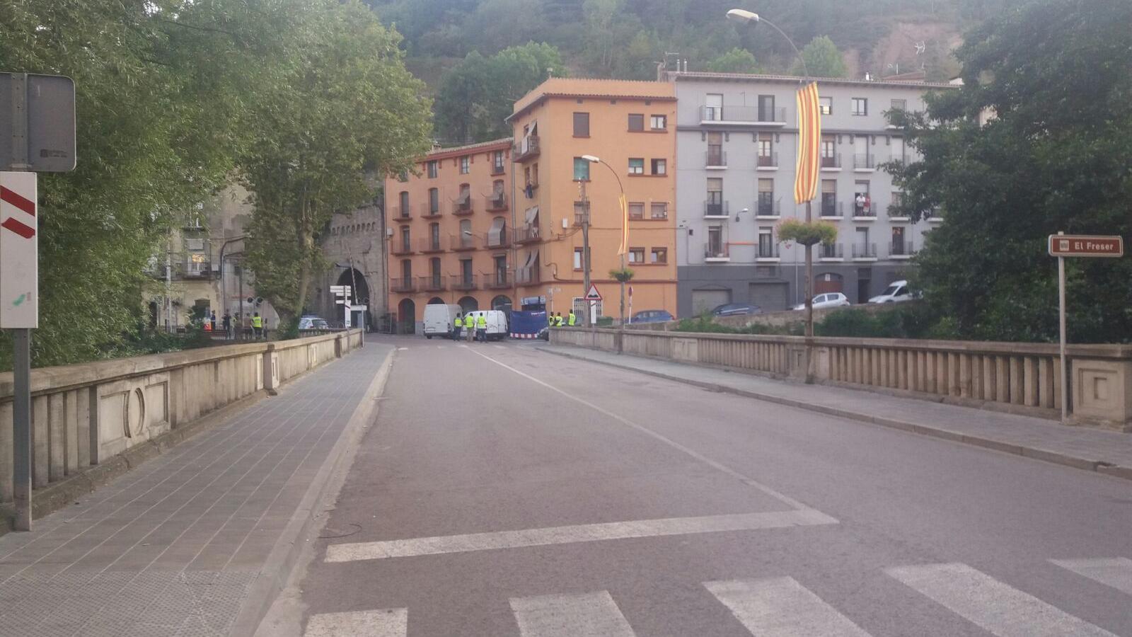 Els Mossos escorcollen un pis a Vilafranca i un locutori a Ripoll en relació amb els atemptats