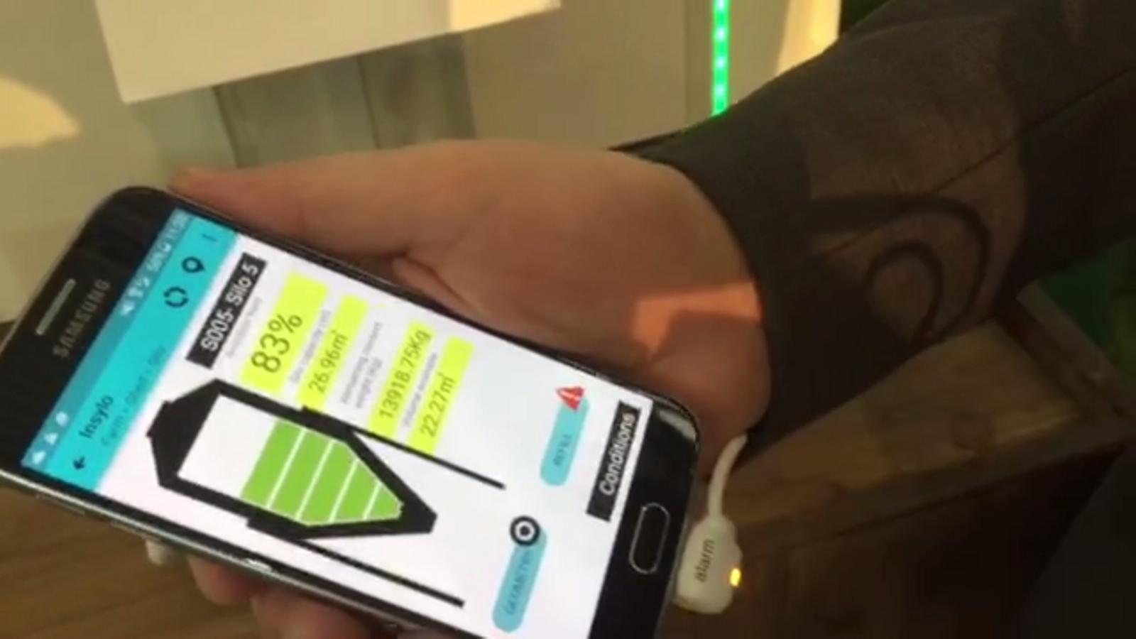 Insylo, una  app perquè els grangers puguin controlar el pinso que queda a les sitges, al MWC 2016