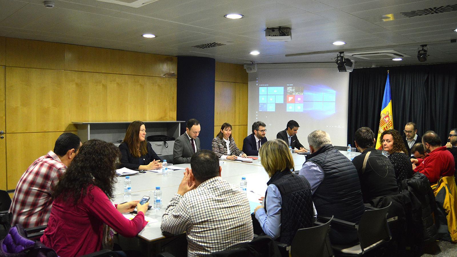 La darrera trobada entre els sindicats i els representants del Govern. / M. F. (ANA)