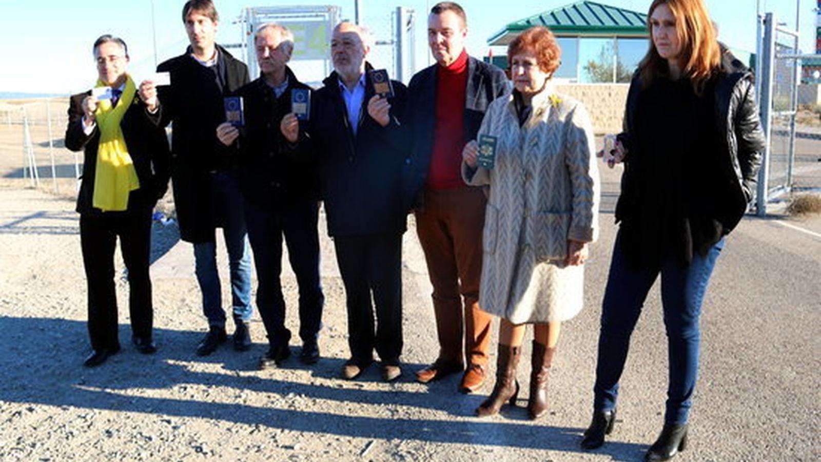 Un eurodiputat demana a l'Eurocambra protestar a Espanya per haver-se'ls impedit una visita als consellers.