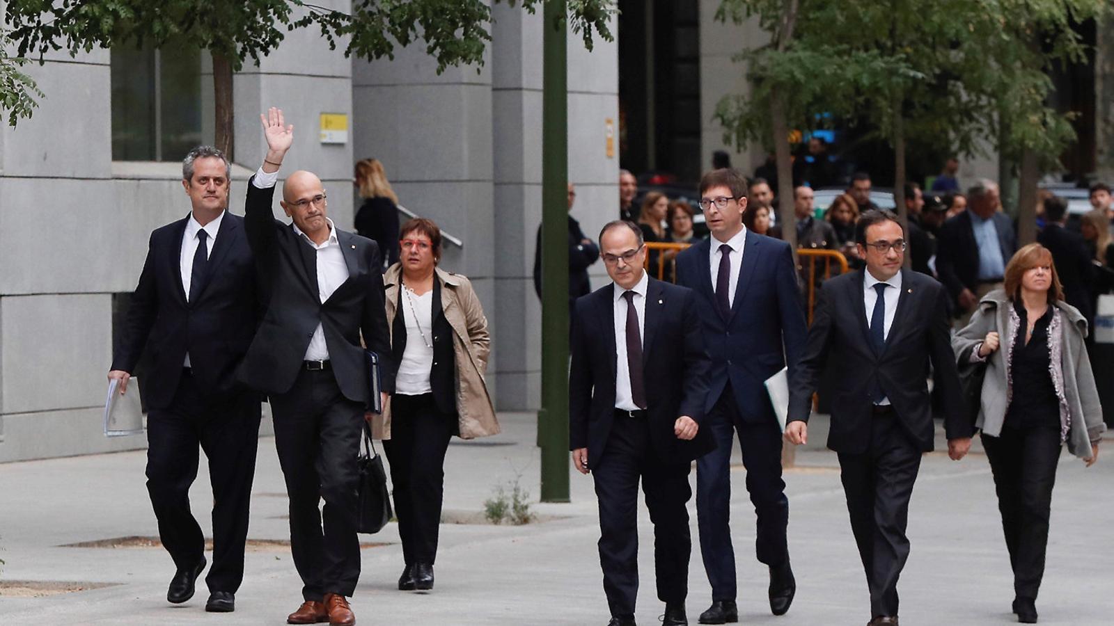 Membres del Govern el 2 d'octubre passat a les portes de l'Audiència Nacional.