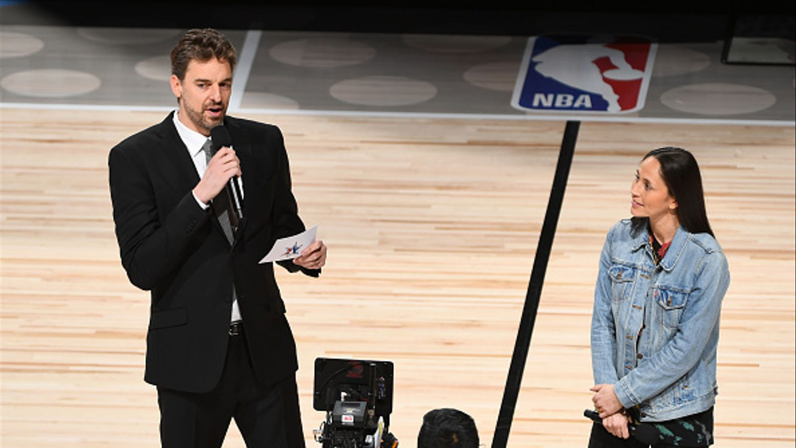 Pau Gasol inaugura l'All-Star recordant la figura de Kobe Bryant