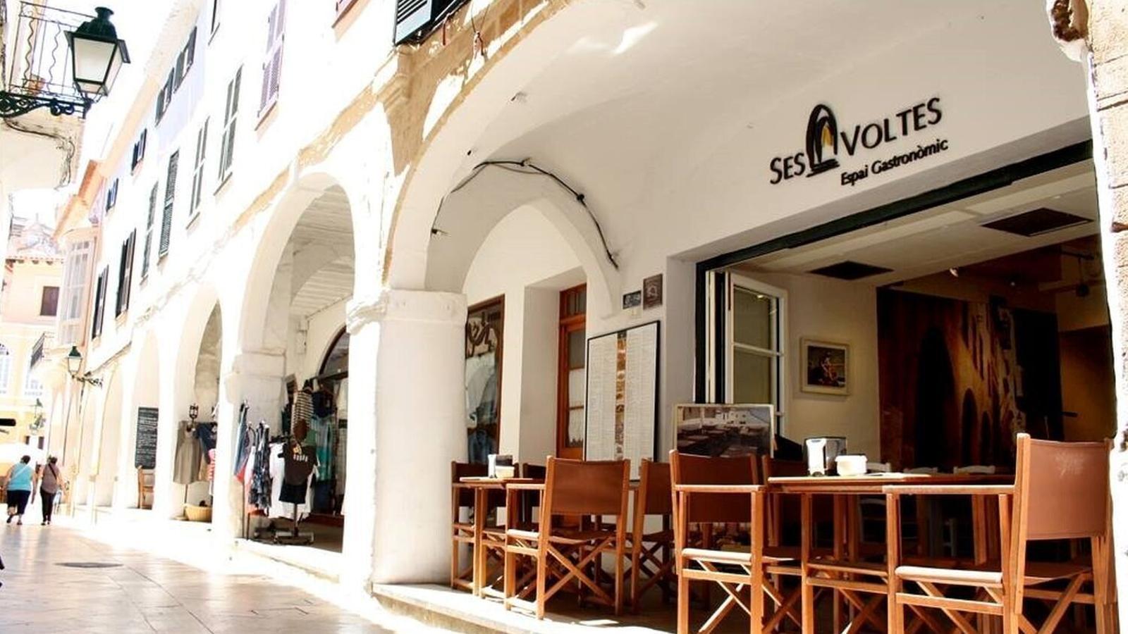 El restaurant Ses Voltes de Ciutadella ha anunciat que tancarà per l'enduriment de les restriccions.