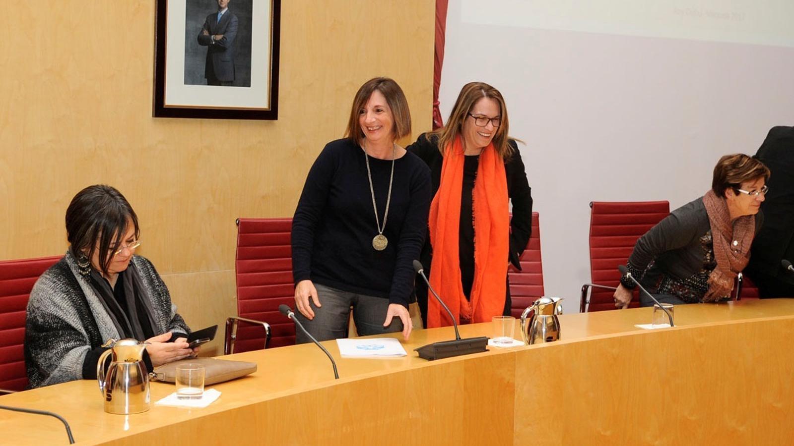 La seu del Consell a Maó ha viscut un intens debat entre Maite Salord i Salomé Cabrera.