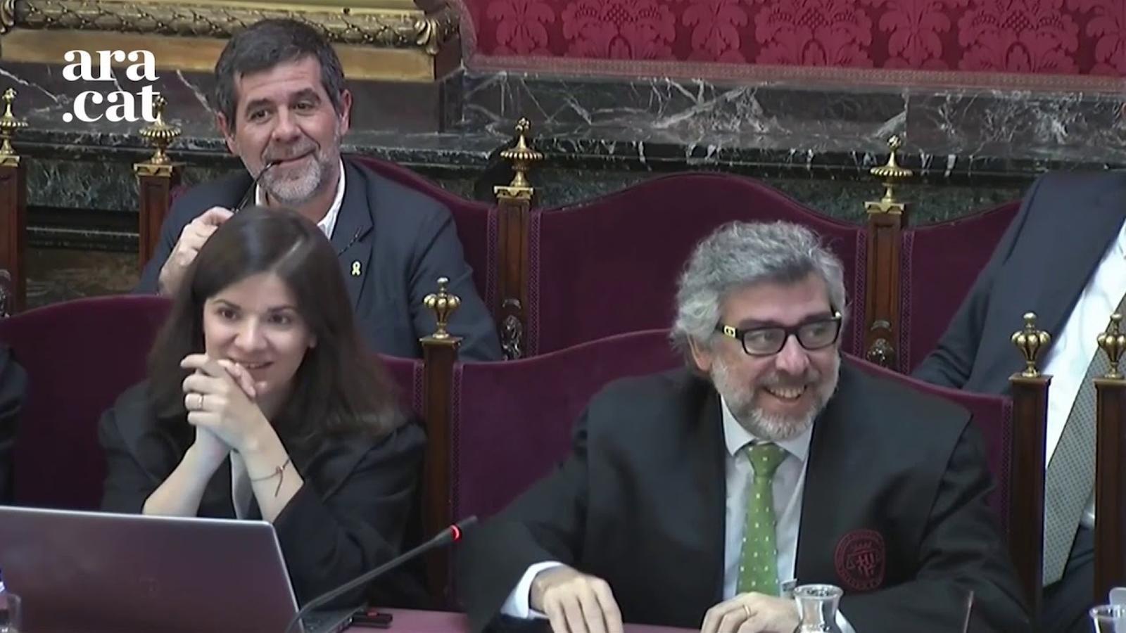"""La Policia Nacional descriu una actuació """"completament organitzada"""" l'1-O a Lleida"""