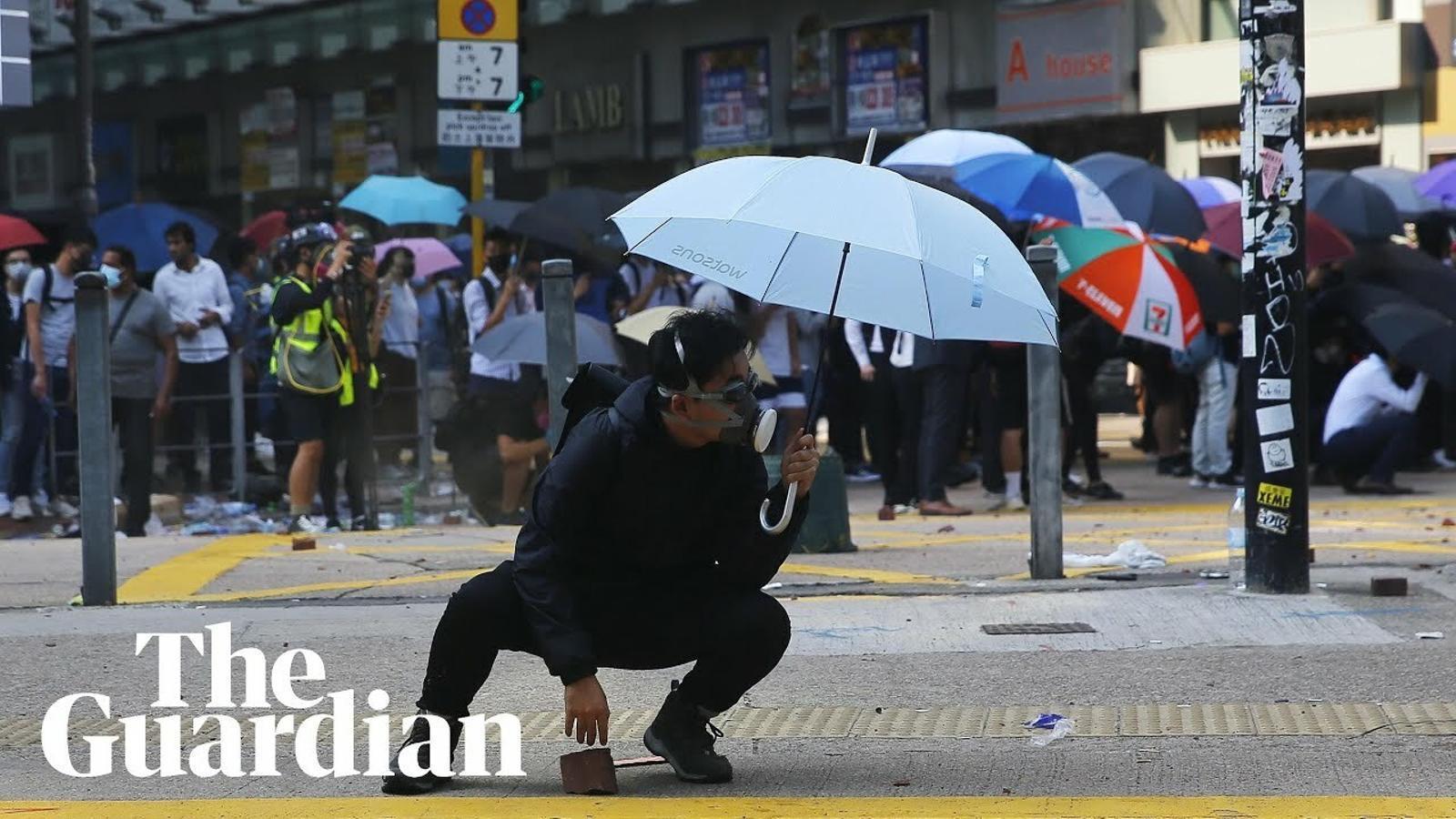 Batalla campal a la Universitat Politècnica de Hong-Kong.