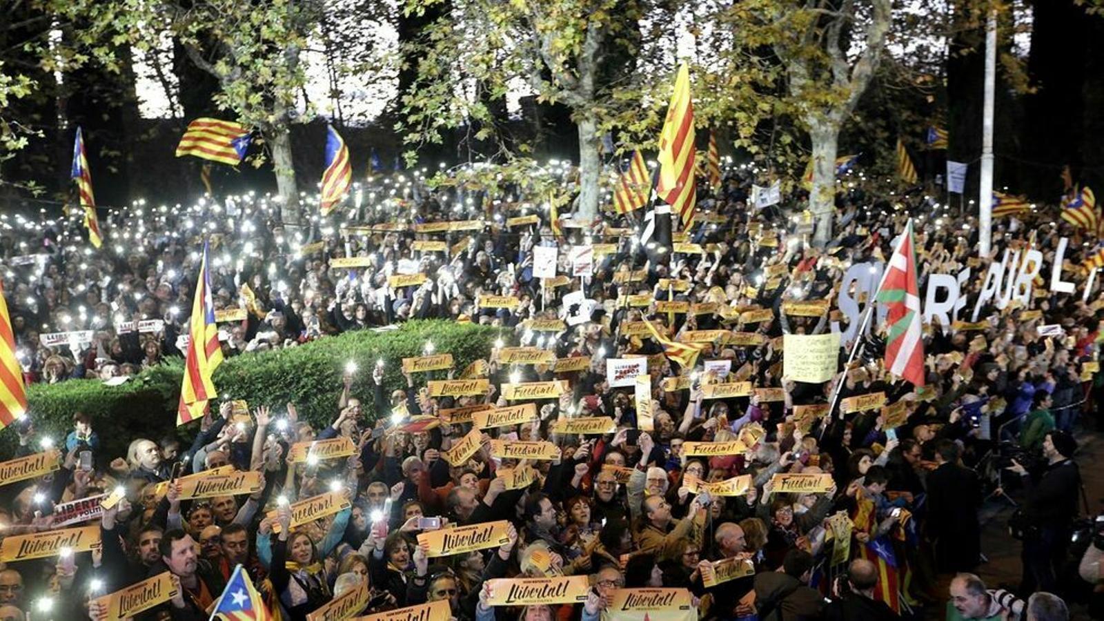 Un altre 11 històric per reivindicar la llibertat dels presos polítics