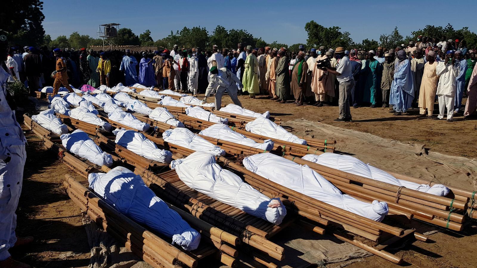 Part dels cadàvers de les víctimes de l'atac.