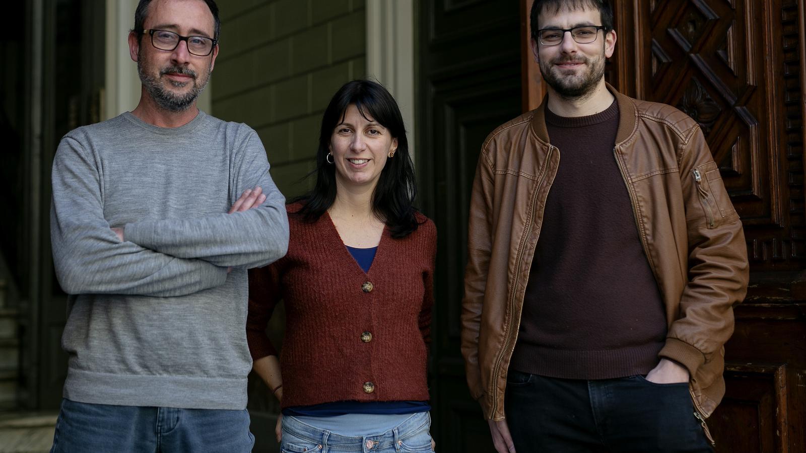 Adrià Pujol, Lucia Pietrelli i Albert Pijuan, els tres autors de 'La vastitud'