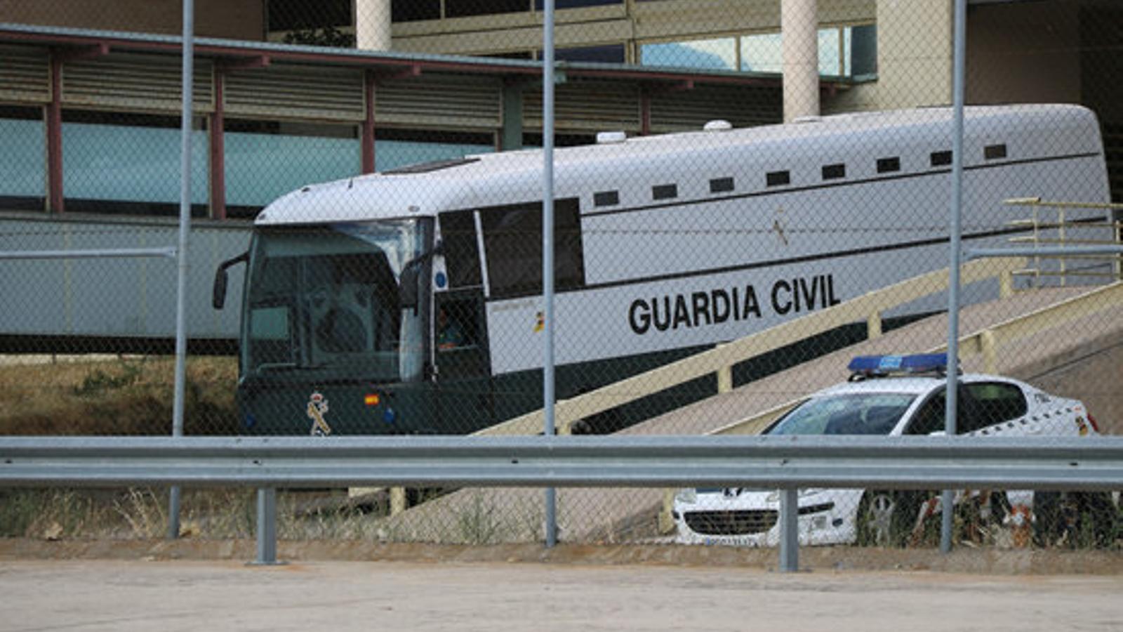 Els presos polítics comencen el camí de tornada cap a Catalunya