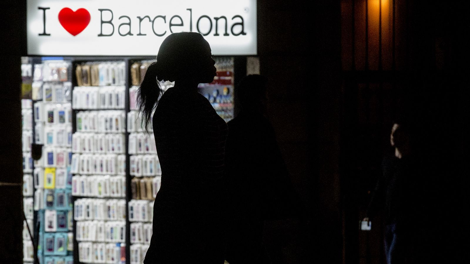 """Les treballadores de Barcelona que atenen les víctimes de tràfic de persones se senten """"maltractades"""" per l'Ajuntament"""