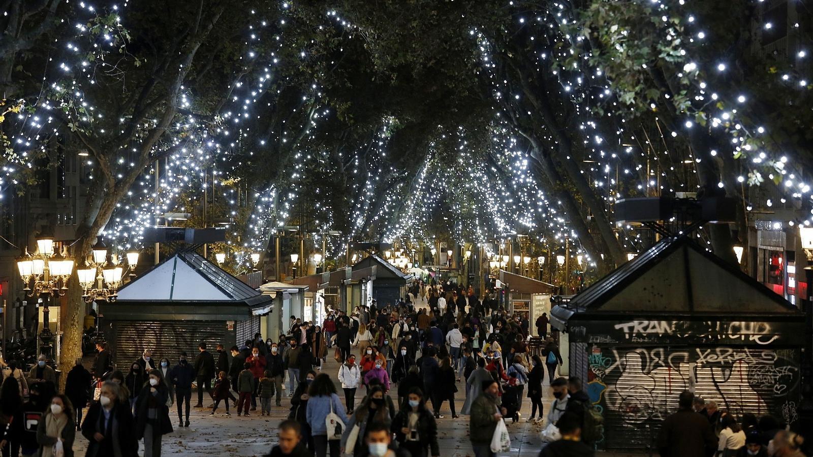 """Salud  confía en poder garantizar el plan de Navidad: """"La gente necesita celebrarlo"""""""